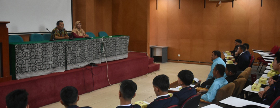 SMKN 1 Sukabumi Kunjungi FPTK UPI