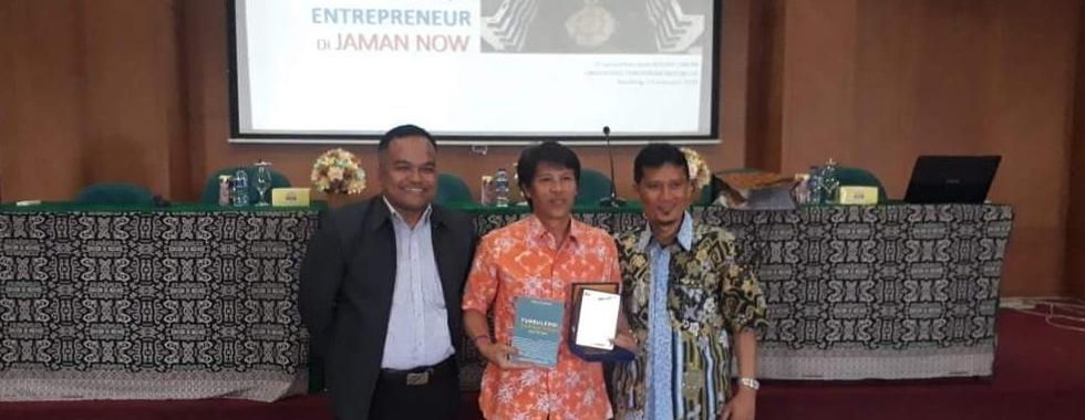 Prodi D3 Teknik Elektro Gelar Kuliah Umum Eksis Menjadi Entrepreneur di Jaman Now