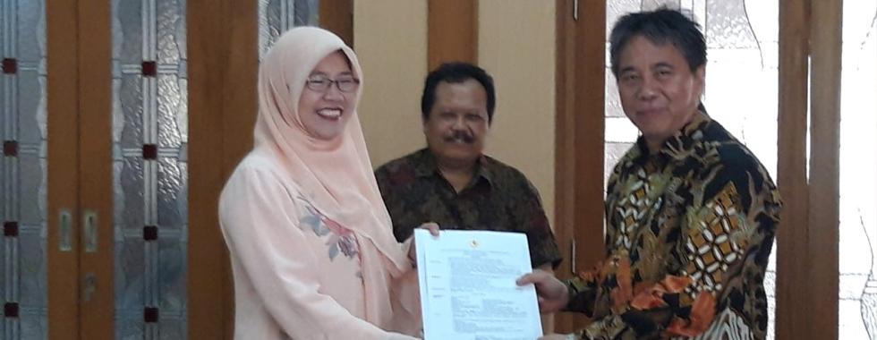 Dr. Ida Hamidah, M.Si Diangkat Menjadi Guru Besar FPTK UPI
