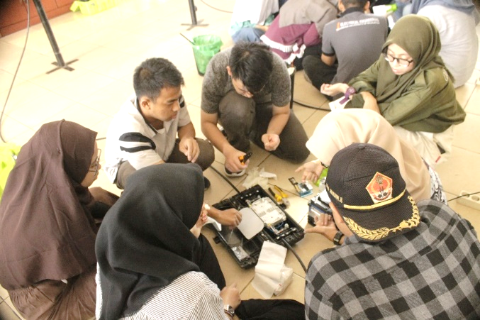 WORKSHOP TELEKOMUNIKASI (WORTEL)  PELATIHAN FIBER OPTIC