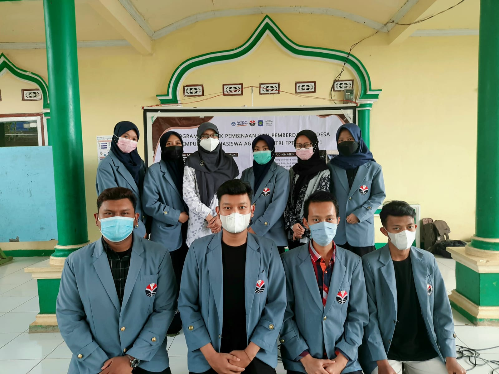 Tim PHP2D Mahasiswa Agroindustri FPTK UPI Menyelenggarakan  Seminar Kopi di Kampung Pasirhuni