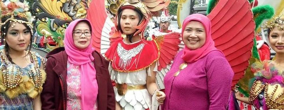 UPI JUARA I Asian African Carnival Dalam Pagelaran Asia Africa Week 2018