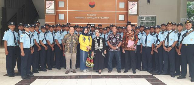 Kunjungan dari PGRI Ponorogo